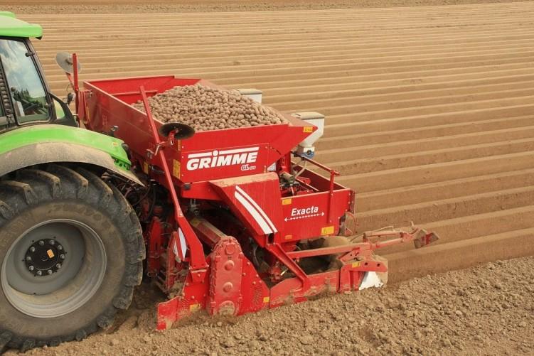 GL 420 EXACTA Planter