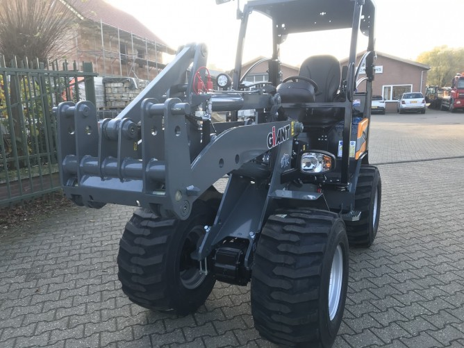 Giant G2500 HD X-tra kniklader